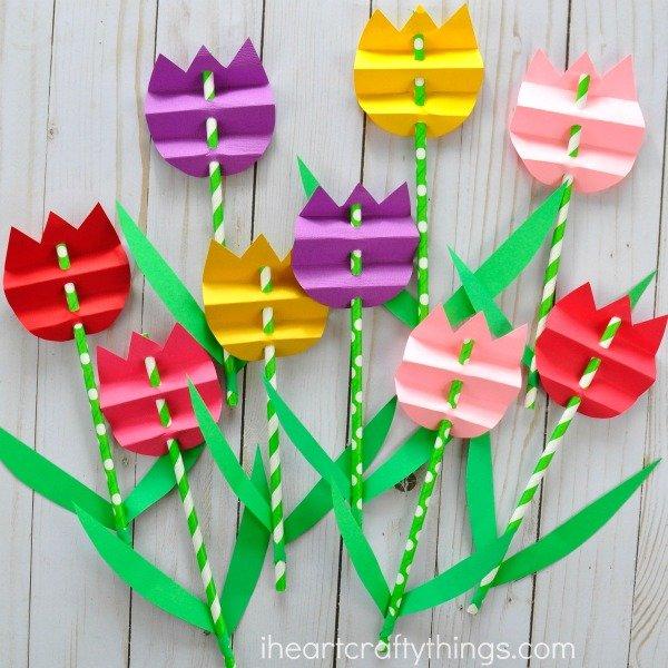 Tulpenstrohhalme basteln, DIY Party Dekoideen zum selber machen, Partydeko Ideen, Party dekorieren, Geburtstagsparty Deko, Deko selber machen,