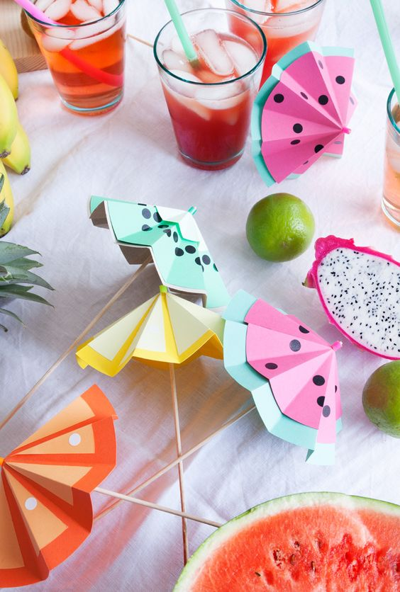 Papierschirmchen basteln, DIY Party Dekoideen zum selber machen, Partydeko Ideen, Party dekorieren, Geburtstagsparty Deko, Deko selber machen,