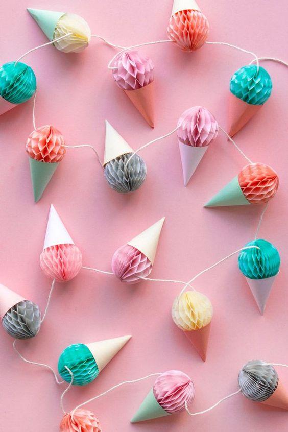 Eiscreme Girlande basteln, Fotohintergrund basteln, DIY Party Dekoideen zum selber machen, Partydeko Ideen, Party dekorieren, Geburtstagsparty Deko, Deko selber machen,