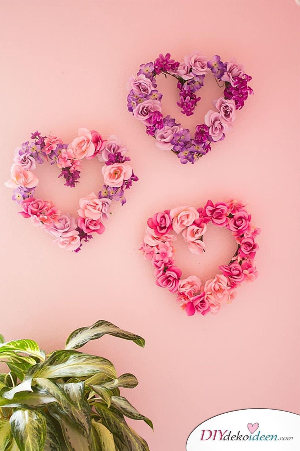 Blumenherzen, Valentinstag Deko Ideen, Deko Valentinstag, dekorieren, DIY Dekoideen, Deko basteln, romantische Deko,