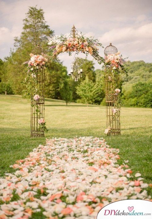 Hochzeit im Frühling, DIY Dekoideen, Hochzeit, Frühling, Hochzeitsdeko, Hochzeit dekorieren, heiraten, Blumendeko, Hochzeit Dekoideen