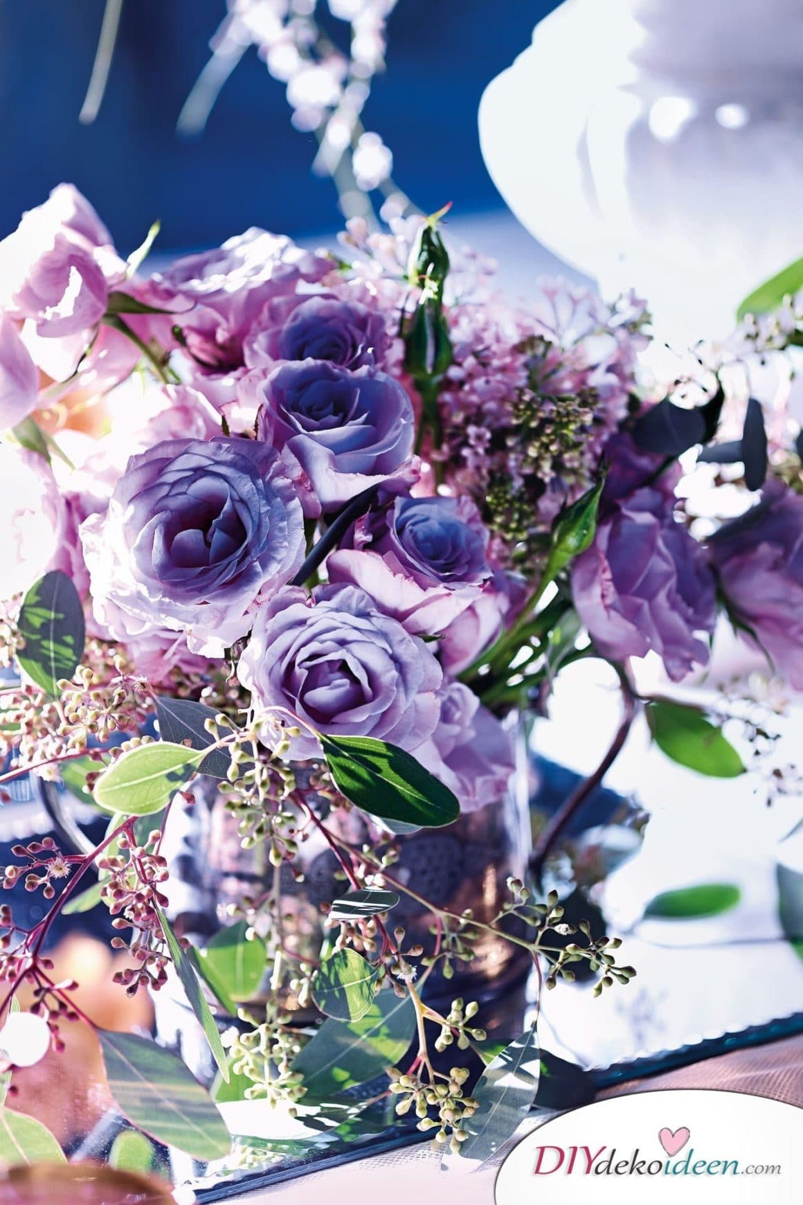 DIY Hochzeitsdeko Ideen, Trendfarbe Lila, lila Hochzeit, lila Hochzeitskleid, Hochzeitsdeko, Hochzeit, Frühlingshochzeit, Hochzeit im Frühling, DIY Dekoideen, Hochzeit, Frühling, Hochzeitsdeko, Hochzeit dekorieren, heiraten, Blumendeko, Hochzeit Dekoideen