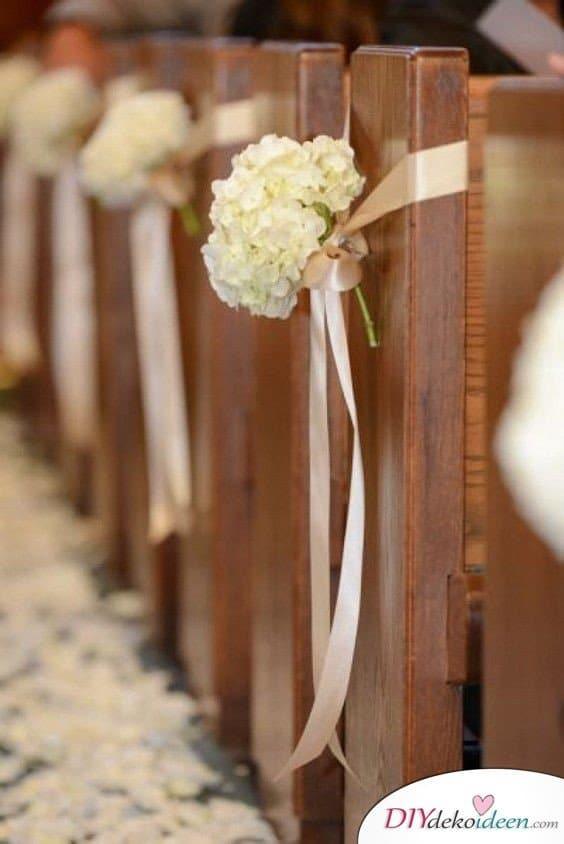 DIY Hochzeitsdekoration, DIY Hochzeitsdeko Ideen, Hochzeitsdeko, Hochzeit, Frühlingshochzeit, Hochzeit im Frühling, DIY Dekoideen, Hochzeit, Frühling, Hochzeitsdeko, Hochzeit dekorieren, heiraten, Blumendeko, Hochzeit Dekoideen