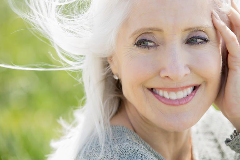 Schminktipps für reifere Haut über 40, Schminktipps ab 40, Makeup, schminken, Beautytipps, DIY Dekoideen, Beauty,