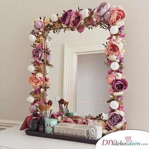 mit den richtigen diy dekoideen k nnt ihr jeden spiegel versch nern. Black Bedroom Furniture Sets. Home Design Ideas