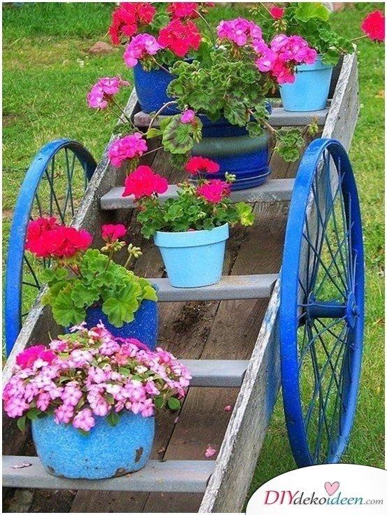 Gartendeko aus Schrott,Garten DIY Dekoideen, DIY Dekoideen, Gartendeko, Garten dekorieren, Frühling Garten, Frühjahr Garten, Dekoideen, Blumendeko