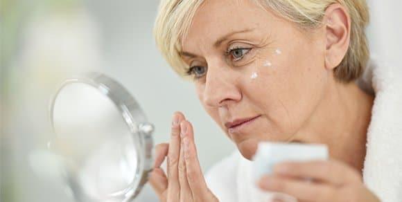 Simple und effektive Schminktipps für reifere Haut ab 40
