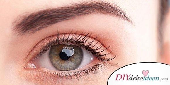 Vollere Augenbrauen ohne Schminke dank dieser Hausmittel