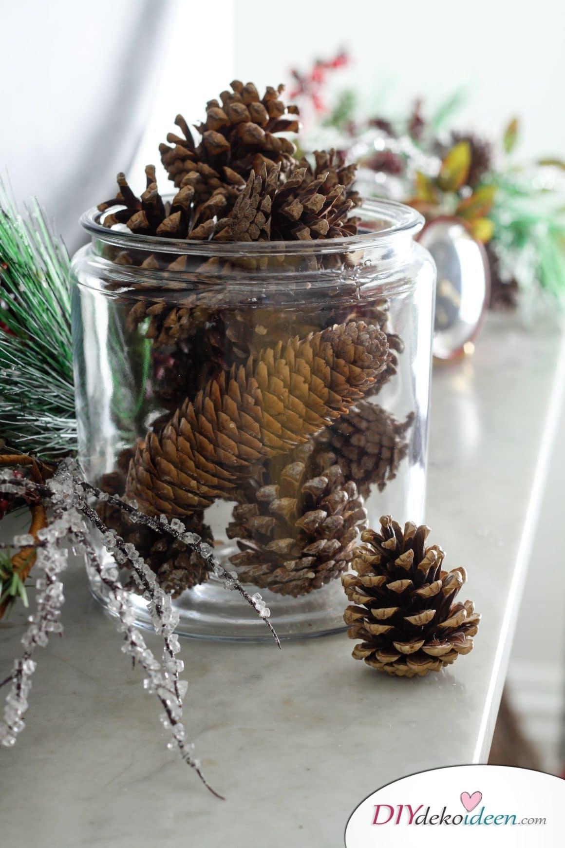 DIY Weihnachtsdeko Bastelideen mit Tannenzapfen-Weihnachtsduft selber machen