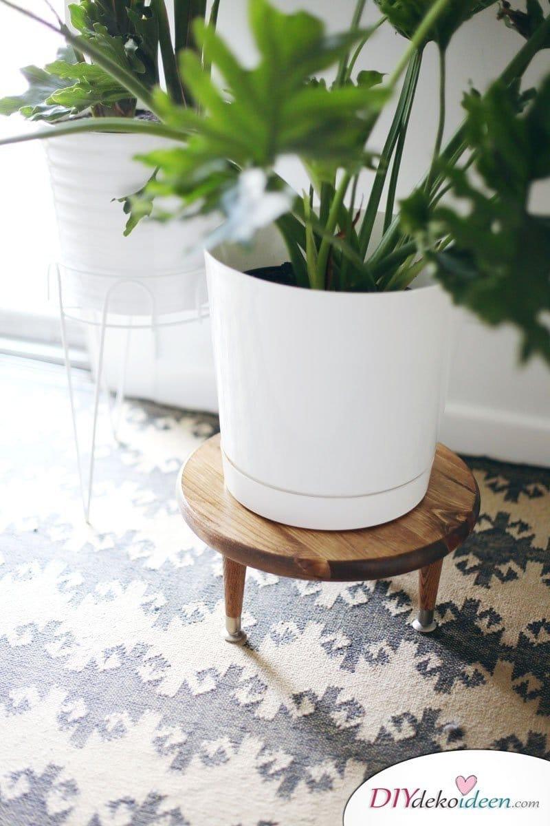 Hocker für Pflazen selber machen - DIY Wohnideen