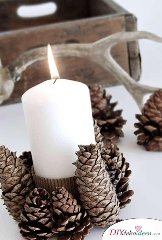 Basteln mit Tannenzapfen Herbst - 14 Bastelideen mit Tannenzapfen - Tannenzapfen Kerzenlicht