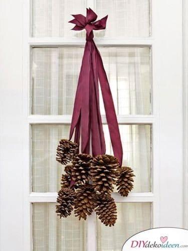 Türschmuck Tannenzapfen - Basteln mit Tannenzapfen Weihnachten