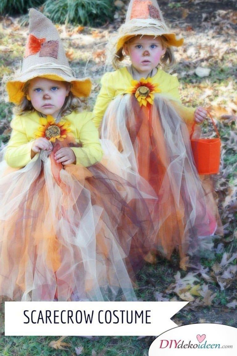 15 witzige Halloween Kostüm Ideen für Kinder zum selbermachen - Vogelscheuche - Kinderkostüm