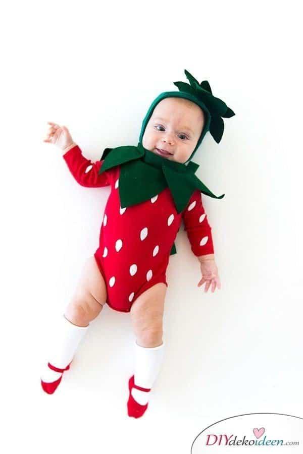 15 witzige Halloween Kostüm Ideen für Kinder zum selbermachen - Erdbeere- Kinderkostüm
