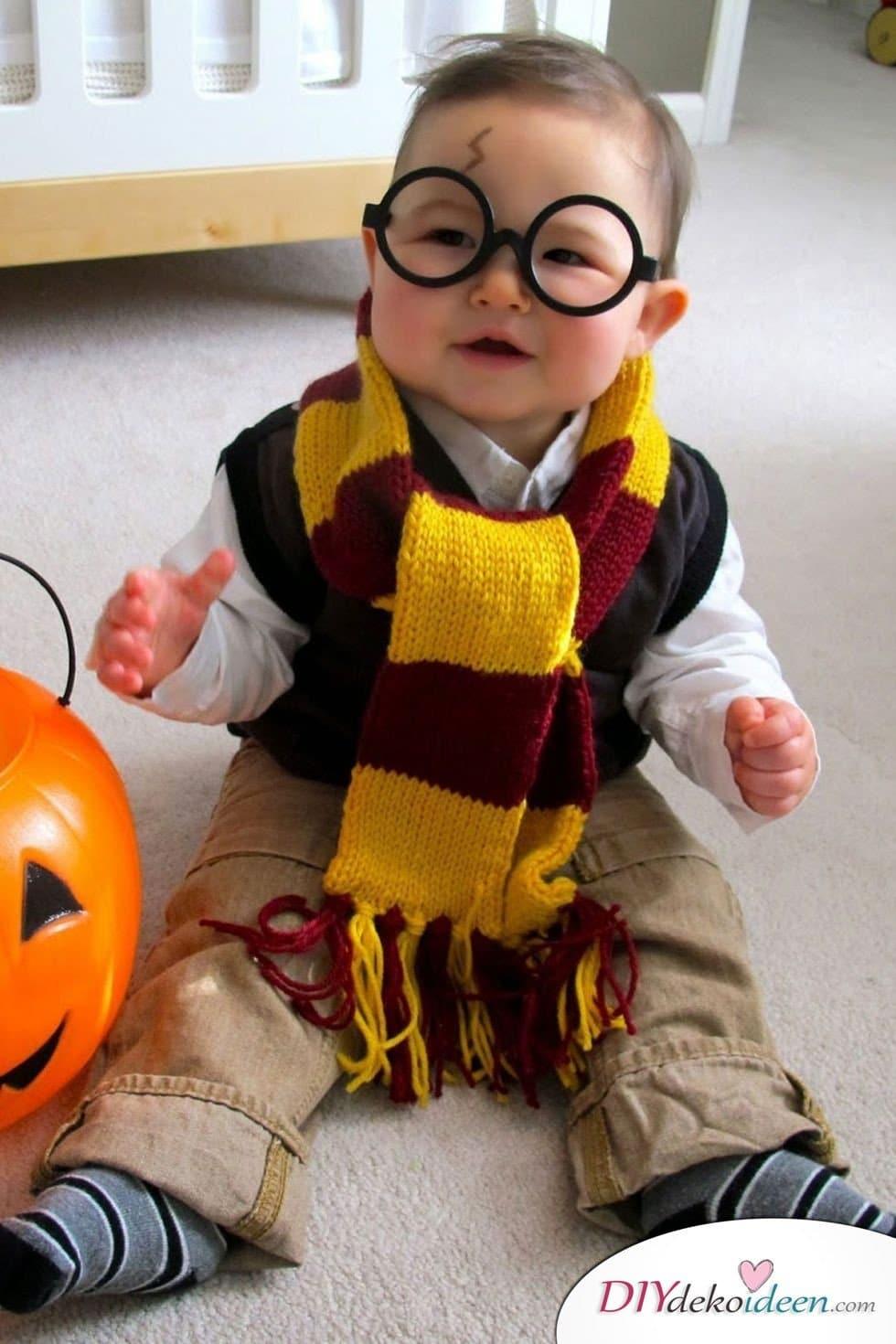 15 witzige Halloween Kostüm Ideen für Kinder zum selbermachen - Harry Potter- Kinderkostüm