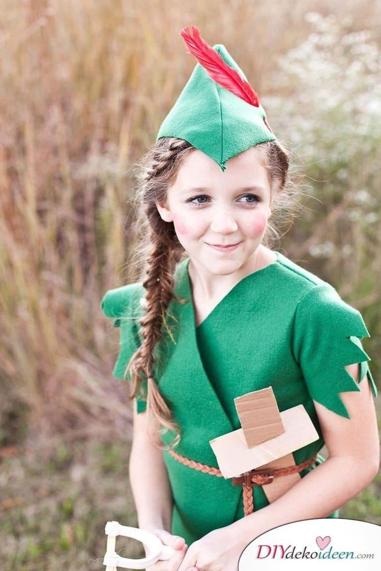 15 witzige Halloween Kostüm Ideen für Kinder zum selbermachen - Peter Pan - Kinderkostüm