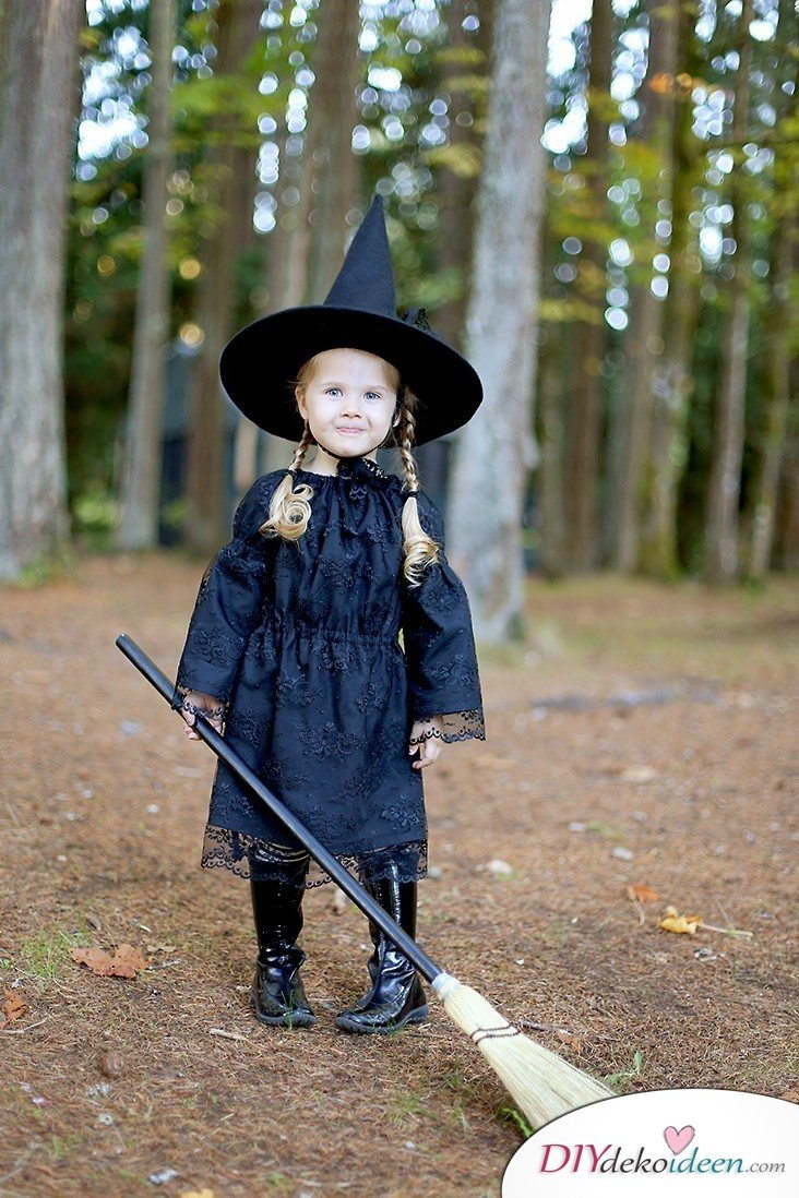 11 Halloween Kostüm Ideen für Kinder - DIY Hexenkostüm