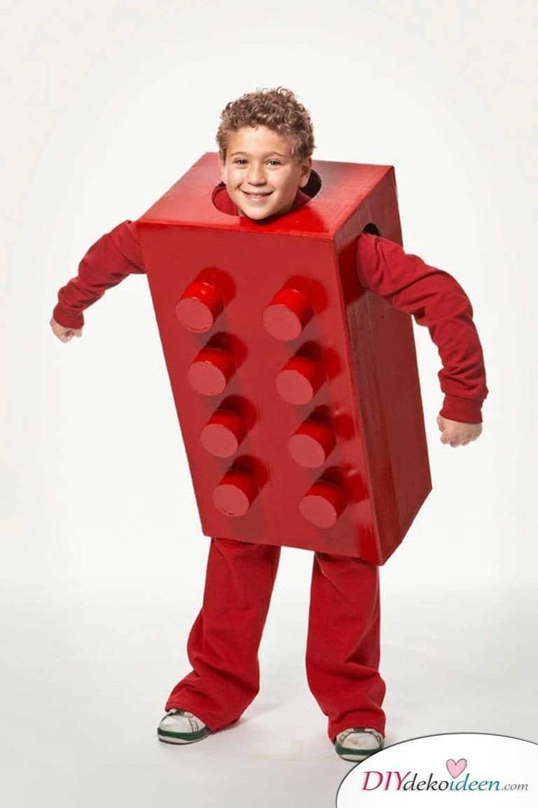 Kreative Kostüme zu Halloween - 13 Halloween Kostüm Ideen für Kinder - Lego-Stein
