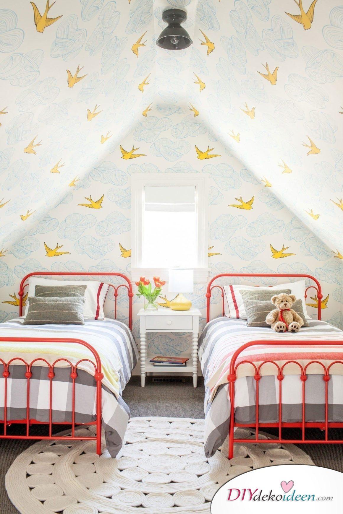 Dachbodenzimmer einrichten mit diesen tollen DIY Dekoideen - Tapeten