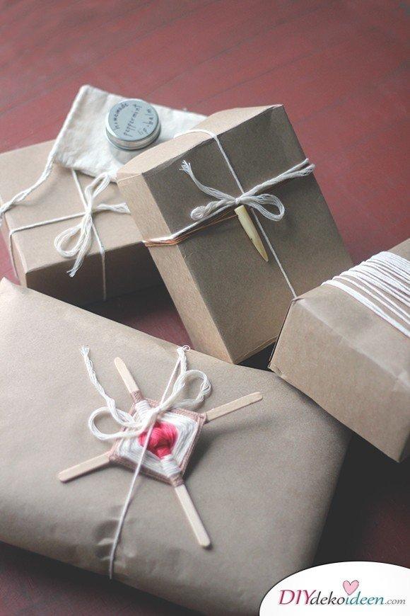 Kraftpapier Bastelidee - Weihnachtsgeschenke