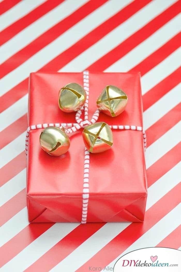 Weihnachtsdeko selber machen - Geschenke dekorieren
