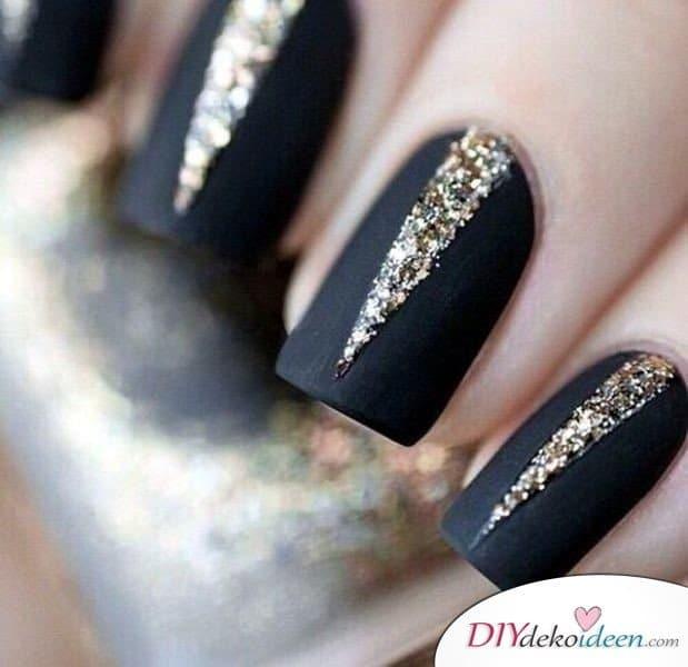 Silvester Nageldesign- elegante schwarze Nägel