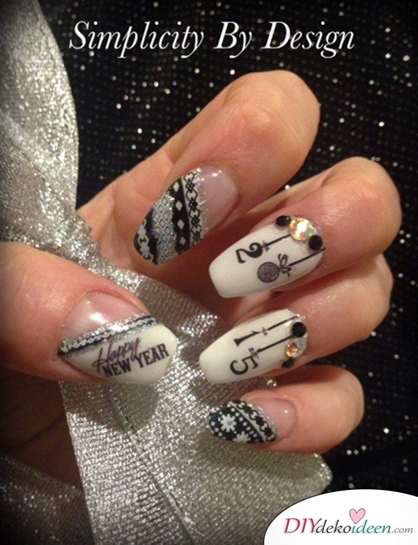 Silvester Nageldesign- Happy New Year Nageldesign
