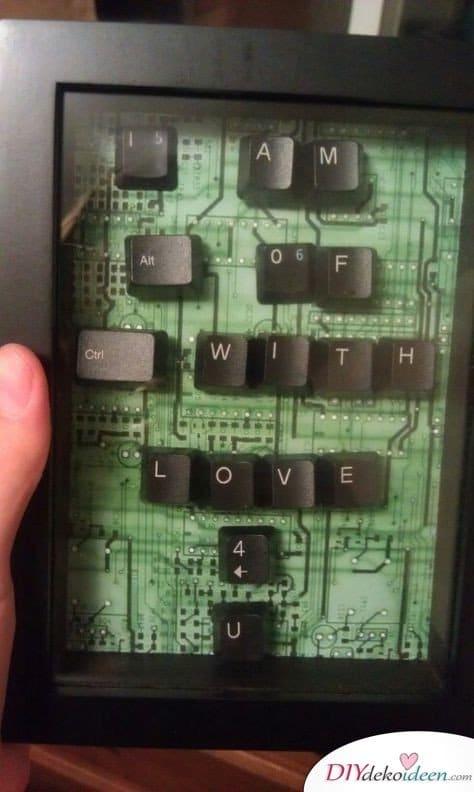 Szerelmes üzenet billentyűzetből – az igazán férfias Valentin napi ajándék ötlet