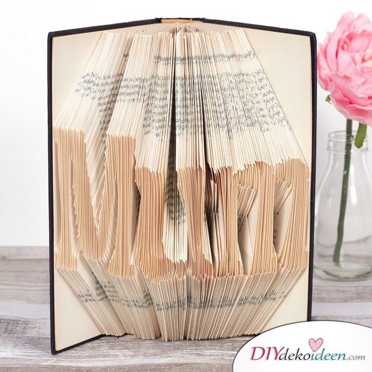 Buchkunst aus gefalteten Seiten - Geschenke für Mütter