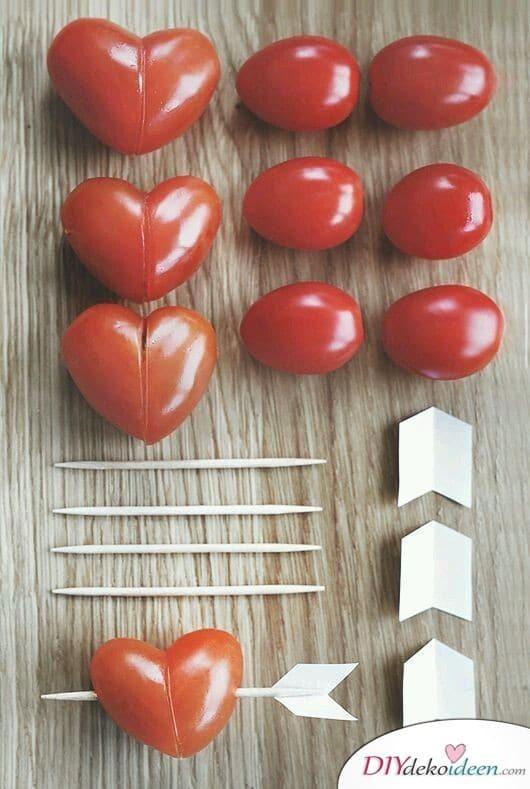 Tomatenherzen, die Vorspeise zum Valentinstagsfrühstück