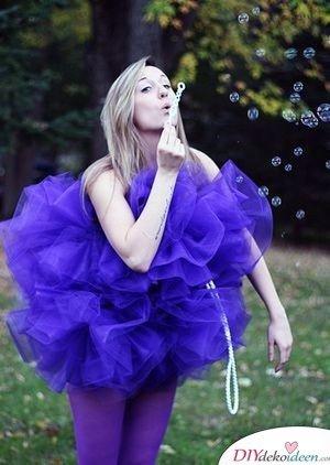 Großer Duschschwamm - Kostüm Ideen für Damen selber machen