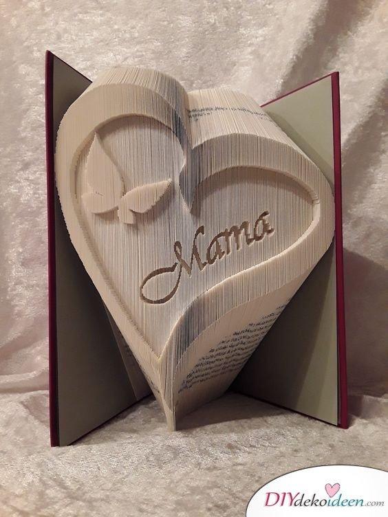 Buchkunst aus gefalteten Seiten - Muttertagsgeschenke