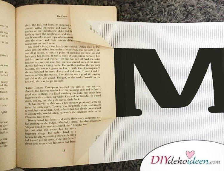 Buchkunst aus gefalteten Seiten - Geschenke für Mütter Anleitung 02