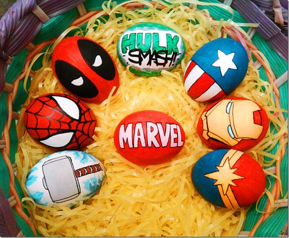 Superhelden-Ostereier - Ostereier färben mit Kindern