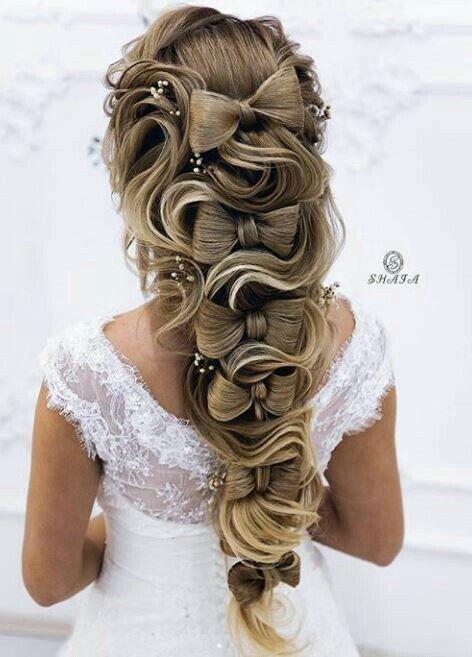 Niedliche Haarschleifchen - Brautfrisuren 2019