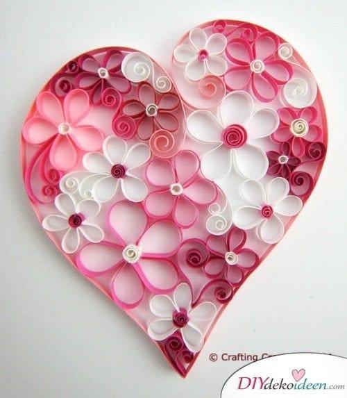 Valentinstag Geschenkideen für Freundin selber machen – Romantisches Papierherz