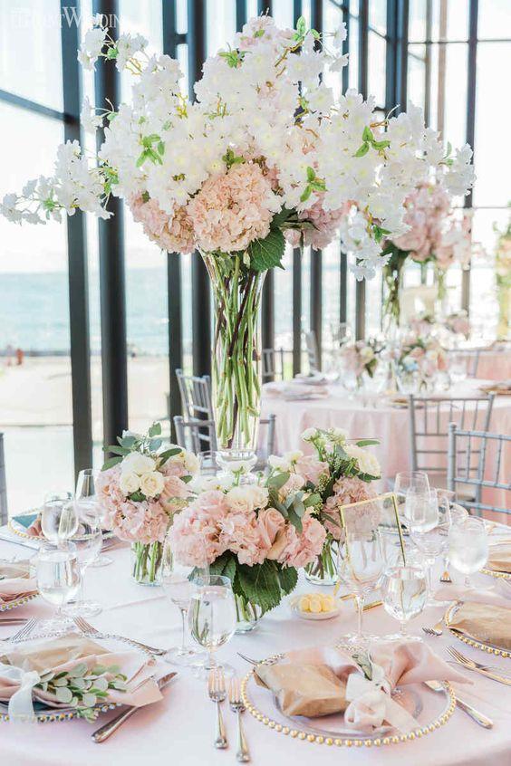 Hochzeit Tischdekoration mit Hortensien