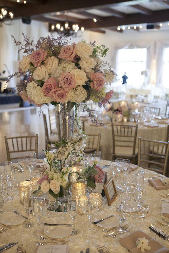 Romantische Rosen - Hochzeit Tischdeko Ideen