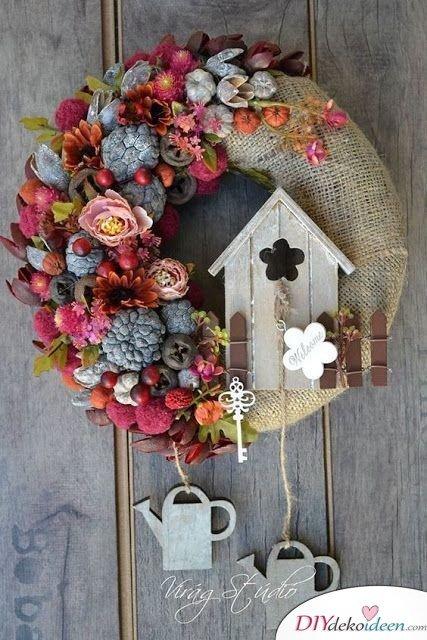 Kranz mit Jute und Blüten - Bastelideen Türkranz Frühling