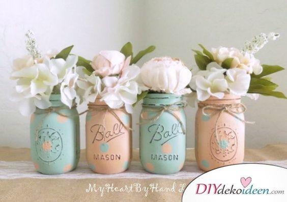 Frühlingstisch dekorieren mit DIY Vasen in zarten Pastelltönen