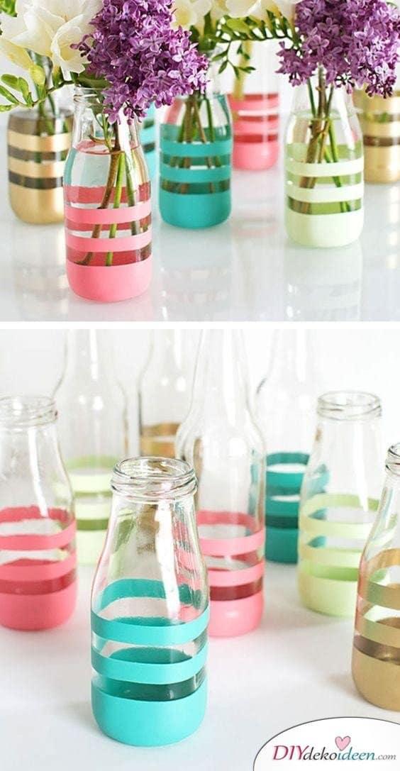 DIY gestreifte Vasen - Frühling Tischdeko Ideen mit Blumen