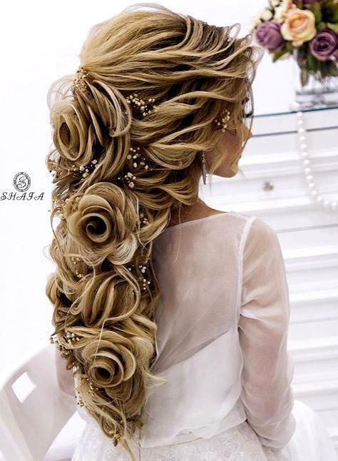 Aufwendige Haarrosen – Romantische Frisuren für Hochzeit