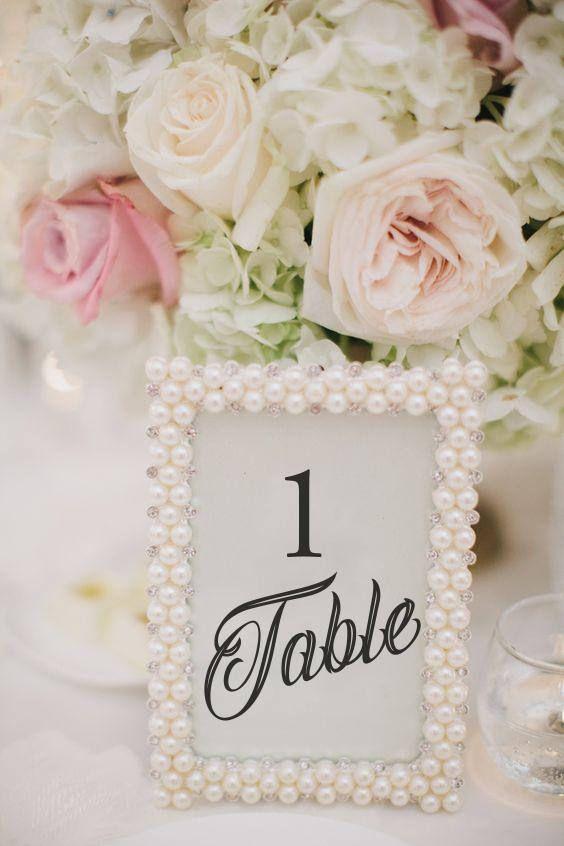 Hochzeit Tischdeko selber machen – Tischkarten mit Perlenrahmen