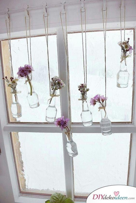 Frühlingsdeko selber machen – hängende Vasen