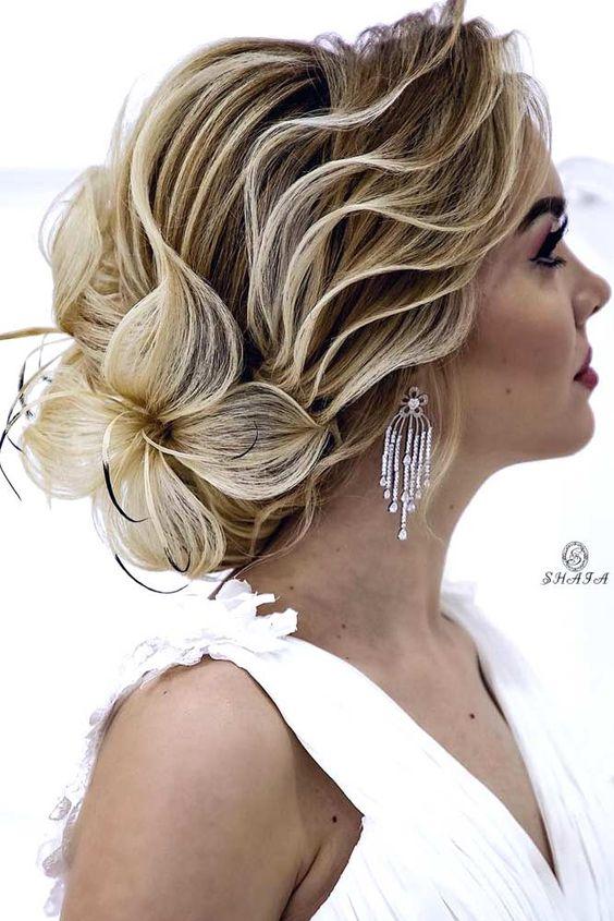 Haarschmetterling - Brautfrisuren