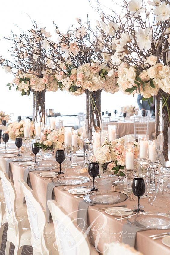 Magnolien und Rosen - Hochzeit Tischdekoration