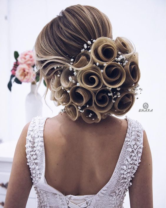 30 Stunning Wedding Hairstyles Ideas In 2019: 40 Wunderschöne Brautfrisuren