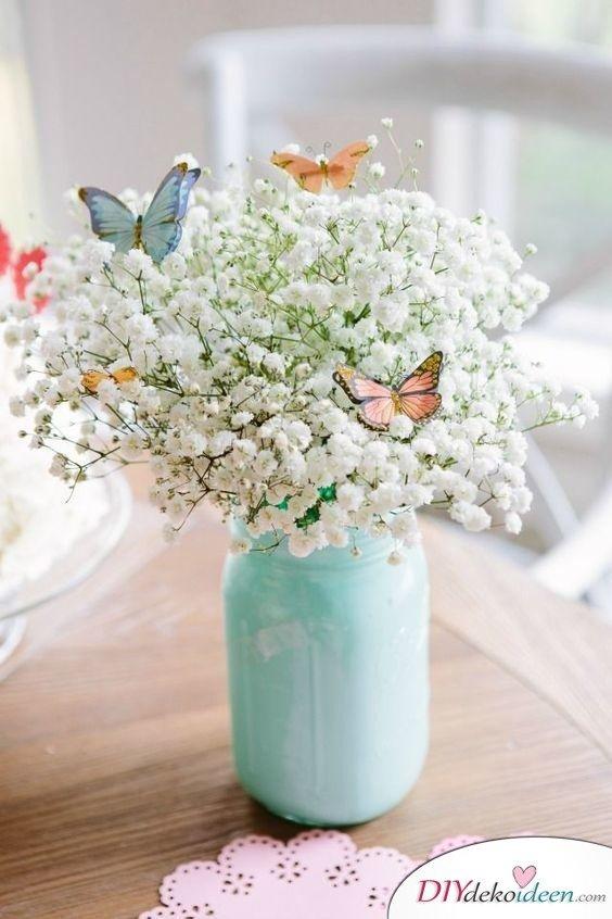 Frühlingsdeko basteln – Blumenstrauß mit Schmetterlingen