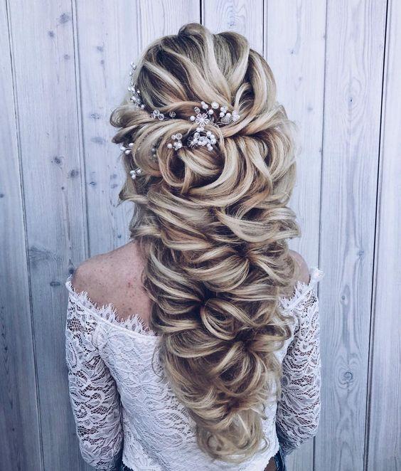 Haare stylen - Brautfrisur