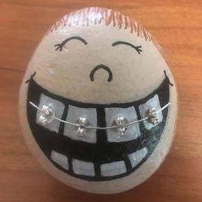 Eier mit Zahnspange - Osterdeko basteln